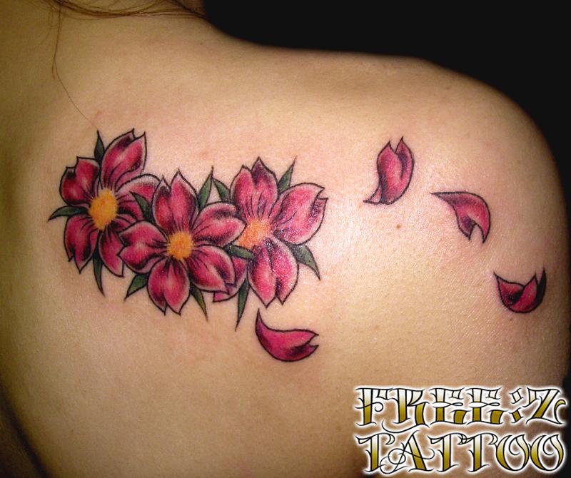 桜.花.カラーワーク.ガールズ.タトゥー.千葉